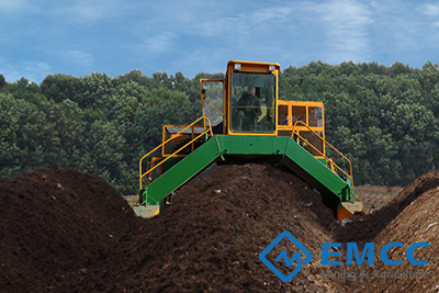 Hydraulic Compost Turner 3